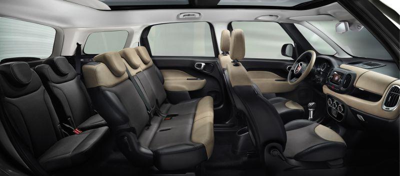 Wnętrze siedmioosobowego auta