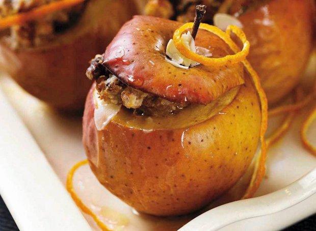 Jabłuszko pieczone z orzechami