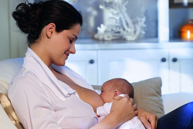 Pokarm matki na bieżąco dostosowuje się do potrzeb maleństwa