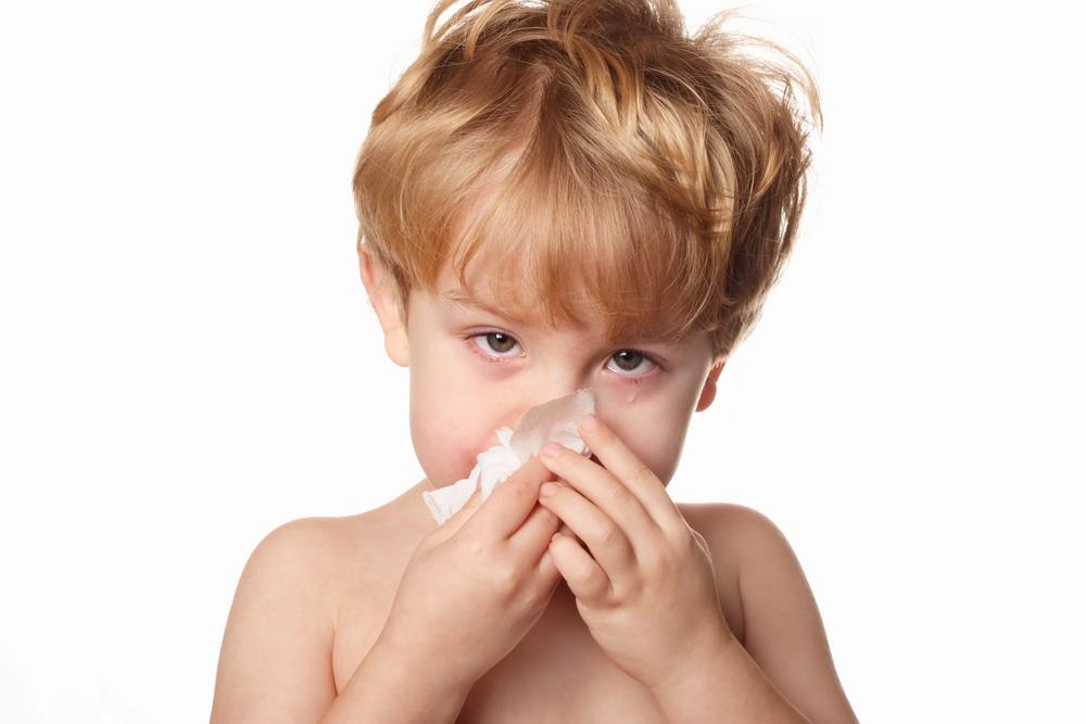 Wirusowemu zapaleniu zatok towarzyszy wydzielająca się z nosa, wodnista wydzielina