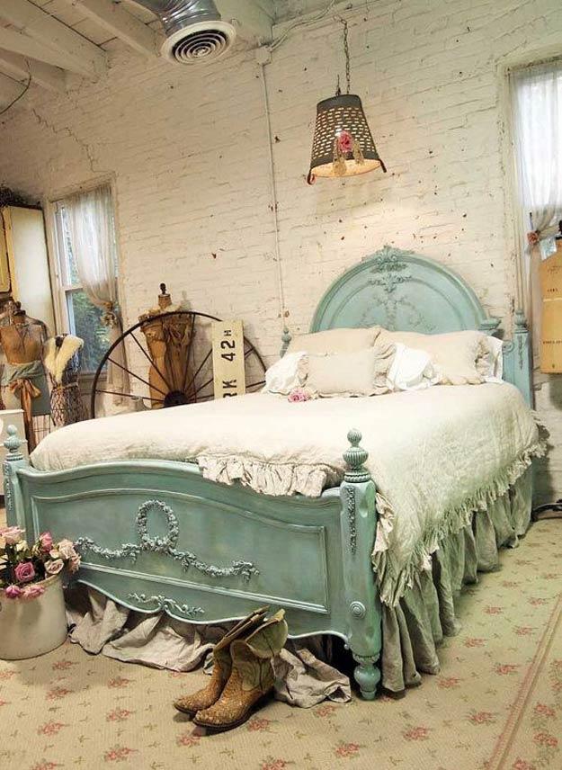Sypialnia w stylu shabby chic