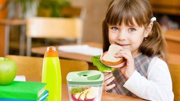 Dieta dla dziecka w wieku szkolnym