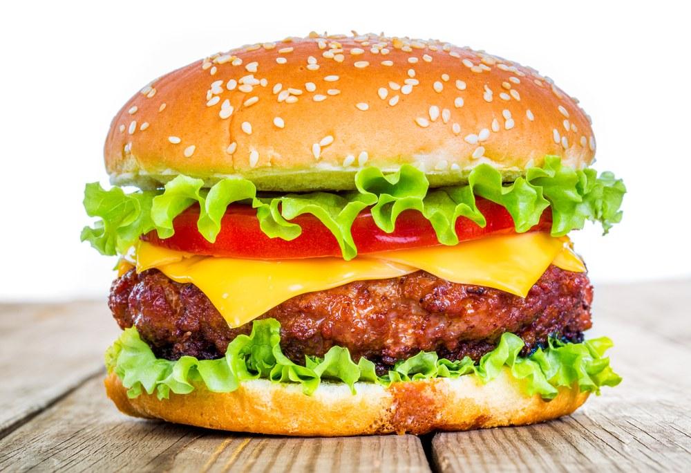 Kolka może pojawić się po zjedzeniu tłustego, smażonego pokarmu
