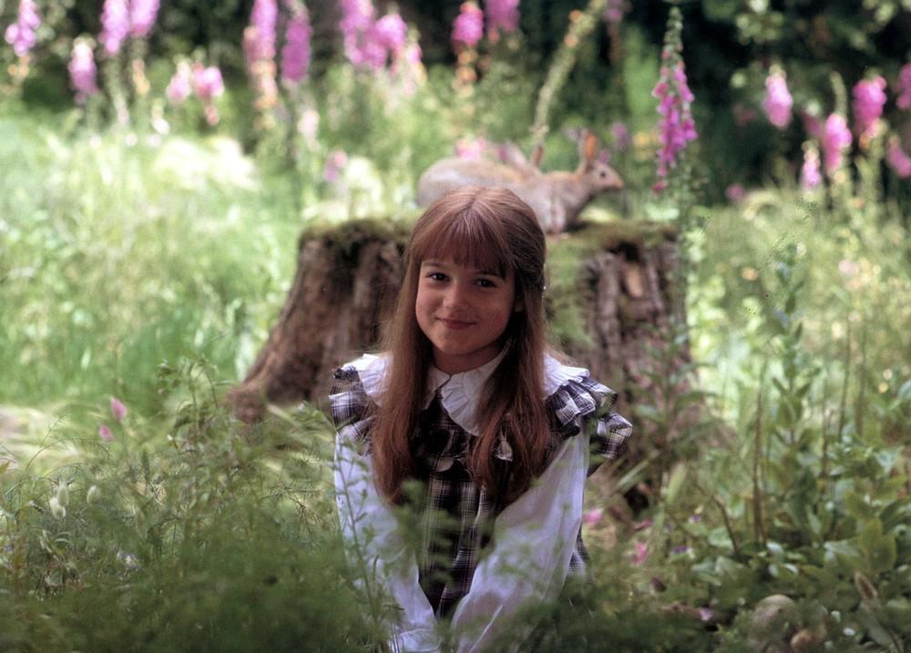 """Aktorka wcielająca się w postać Mary Lennox w powieści """"Tajemniczy ogród"""""""