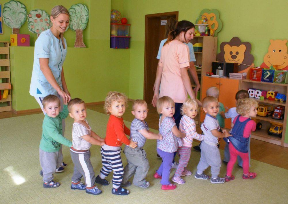 Pierwszy rok pobytu w żłobku lub przedszkolu bywa ogromnym wyzwaniem dla dziecięcej odporności