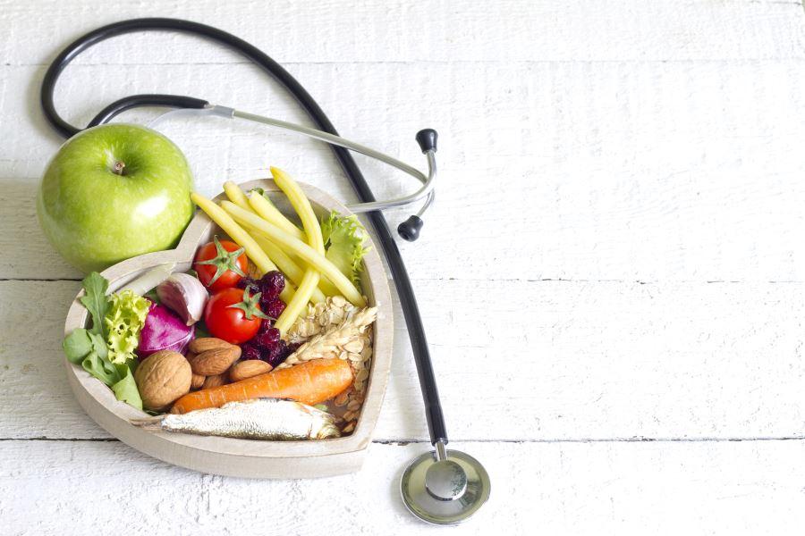 Owoce i warzywa zawierają witaminy i wzmacniają odporność
